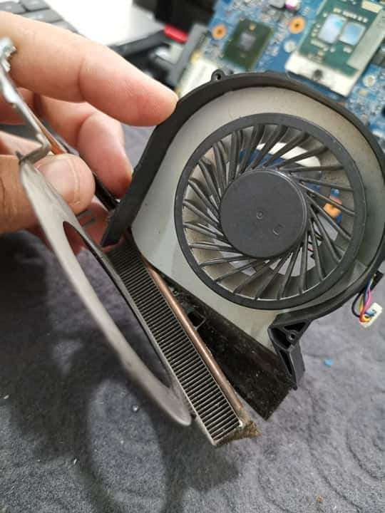 Laptop Deep Cleaning Service | All Brand Laptops Cleaning Service